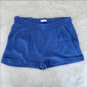 Lush Blue Pleated Pull On Shorts Size Large